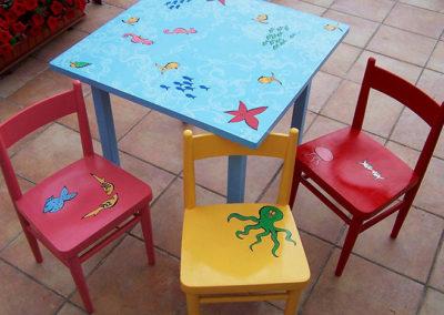 Židle a stůl